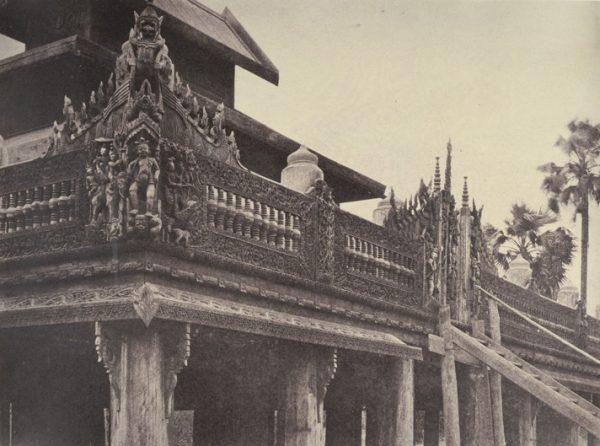 No. 9. Ye-nan-gyoung [Yenangyaung]. Balcony of a Kyoung